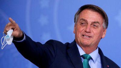 Bajo presión de la Justicia, Jair Bolsonaro contraataca