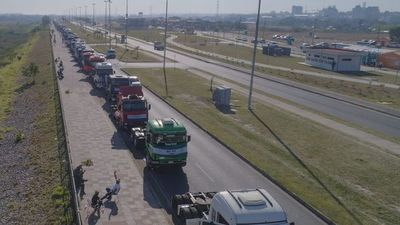 Castiglioni pide acción de las fuerzas públicas ante cierres de ruta