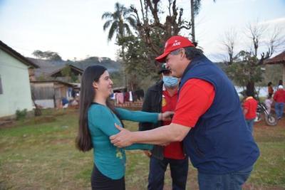 Gobierno transparente y participativo hará Tiki González, asegura