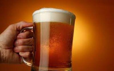Desabastecimiento de cerveza este fin de semana por paro de camioneros