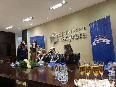 Aseguradora Yacyreta sorteó un 0km como premio a su red comercial