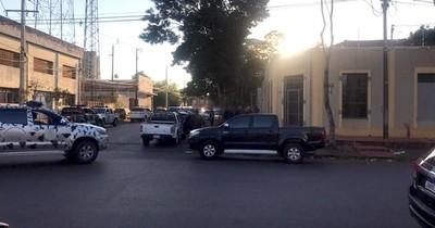 """La Nación / Acribillan a """"Chicharõ"""" Sánchez en su dormitorio"""