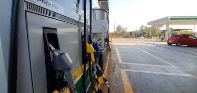 Varias estaciones de servicios se quedaron sin nafta en CDE