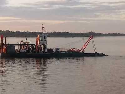 Cinco oferentes cotizaron en la licitación para el dragado del río Paraná