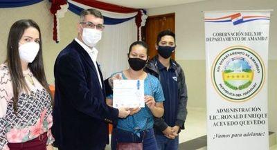 Alumnos de Informática Básica recibieron sus certificados en Pedro Juan Caballero