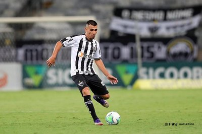 Martínez vs. Alonso, el duelo de paraguayos en el partidazo River-Mineiro