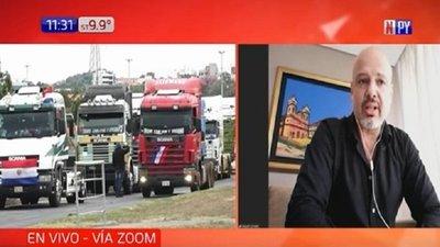 """APESA dice que camioneros buscan """"sitiar el país"""" y denuncia desabastecimiento en el interior"""