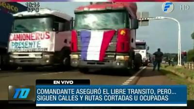 Conflicto con camioneros sigue en las rutas