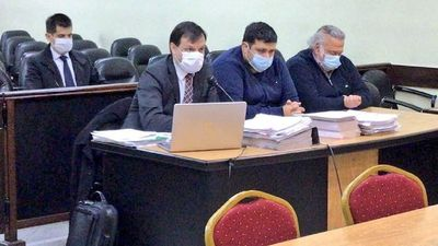 Concluye juicio oral contra Óscar González Daher e hijo y se aguarda sentencia