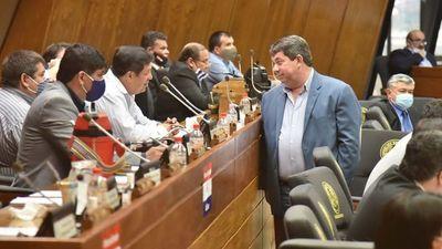 Piden que Noguera sea investigado por enriquecimiento tras sospechas