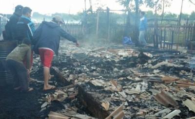 Condenan a 10 años de cárcel a jóvenes por quemar casa con dos mujeres