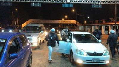 Autódromo Rubén Dumot cerró miércoles con repunte en afluencia de personas para recibir segundas dosis