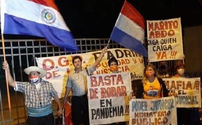 Celebran condena a González Daher e hijo