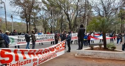 La Nación / CDE: acusan a Prieto por sistemáticos despidos en la comuna
