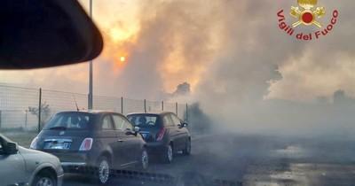 La Nación / Italia: bomberos enfrentan más de 500 incendios por pico de calor