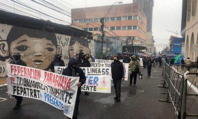 Campesinos empiezan a abandonar Asunción