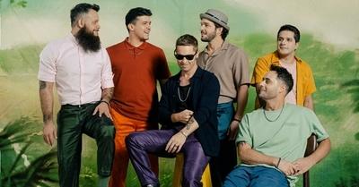 Celebrando sus 15, Kchiporros regresa para romperla con 8 canciones inéditas
