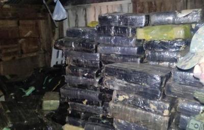 Itapúa: hallan más de 6 mil kilos de marihuana en una vivienda
