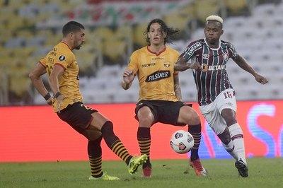 El Barcelona de Williams Riveros saca una pequeña ventaja contra Fluminense