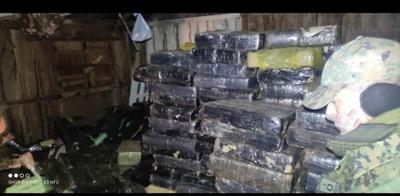 Detienen a una persona e incautan más de 14153 kg en total, de supuesta marihuana – Prensa 5