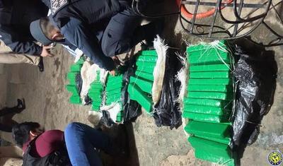 Detienen a una mujer e incautan 67 kilos de marihuana en Asunción •