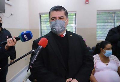 """Todavía lejos de la normalidad: Borba asegura que aún no puede haber """"tanto libertinaje"""""""
