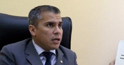 """La Nación / Tres años de Marito: """"Abdo está gobernando sin el Partido colorado"""", dice dirigente colorado"""