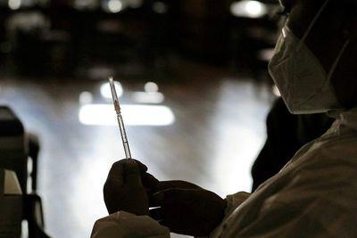 Bolivia roza tres millones de vacunados con primeras dosis contra covid