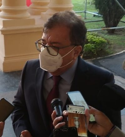 """Duarte Frutos defiende gestión de Abdo en pandemia y afirma que slogan ANR Nunca Más es un """"discursito emocional"""""""