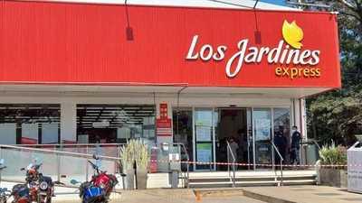 Frustran intento de asalto en supermercado de Luque