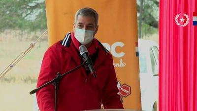 Abdo reconoce que deberá cargar con el peso de fallecidos durante pandemia por covid-19