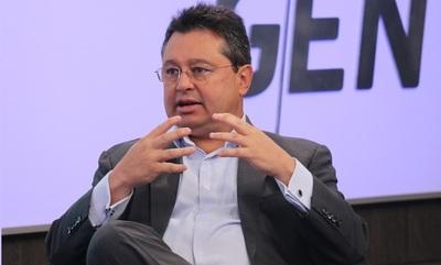 """""""El error más grave es dejar que la mafia del Senado se inmiscuya con el aparato productivo"""", lamenta Gustavo Leite"""