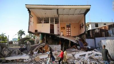 Haití: Casi mil 300 muertos tras terremoto