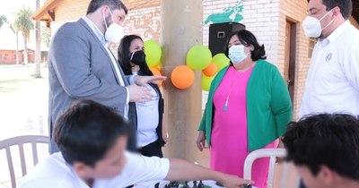 La Nación / Con ajedrez y otros juegos festejan el Día del Niño en el Centro Pedagógico Ñemity