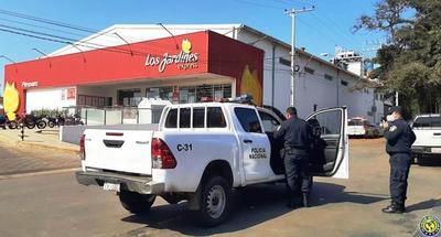 """Policía sindica a """"Kung Fu Panda"""" de liderar asalto a supermercado luqueño •"""