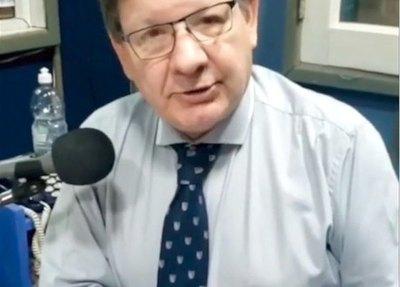 Crónica / Carlos Martini okairo por muerte de michi viajero