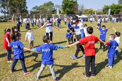 En Caazapá volvió el programa 'golazo', una fiesta del recreo deportivo