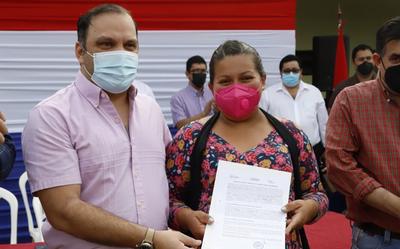 MDS realizó atención ciudadana en Coronel Oviedo a participantes de programas