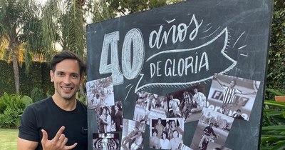"""La Nación / Roque Santa Cruz celebró sus """"40 años de gloria"""""""
