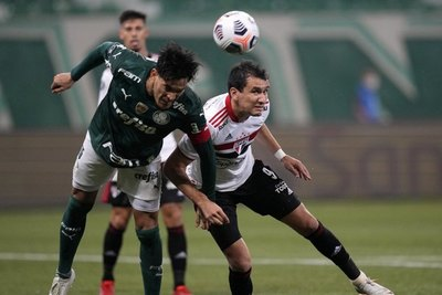 El Palmeiras de Gustavo Gómez golea a São Paulo y está en semifinales