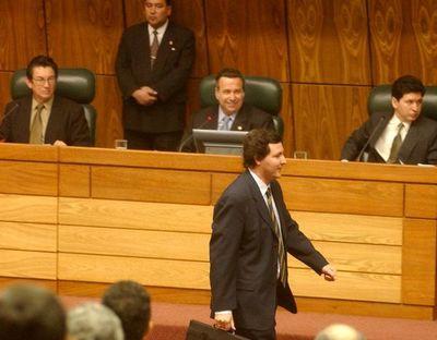 Cartistas operan para que la Cámara Baja evite repudio al condenado González Daher