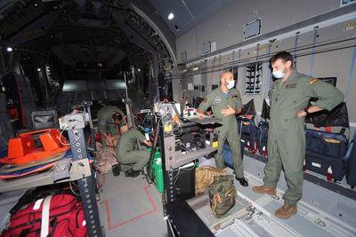 El primer avión para evacuar españoles y afganos despega de Kabul