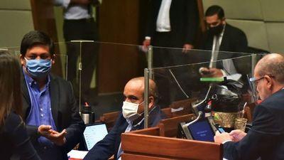 Cartistas defienden a OGD ante pedido de retirar su foto del Senado