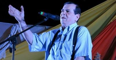 Carlitos Vera sigue complicado de salud
