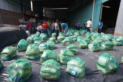 Yacyretá asiste con kits de alimentos a 16.400 familias de Misiones
