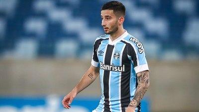 Villasanti debutó como titular y Gremio consigue un triunfo clave