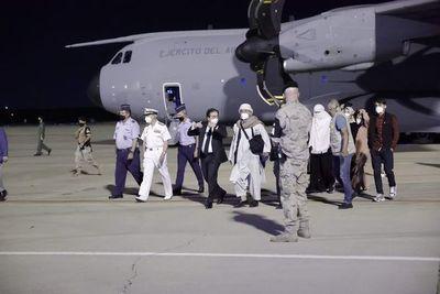 Primeros españoles y afganos evacuados de Afganistán llegan a Madrid