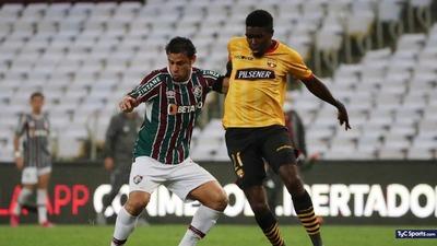 Barcelona desconfía del campo ante Fluminense