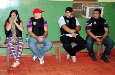"""Condenan a policías que """"entregaron"""" cocaína decomisada a concejales"""