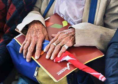 Colonos de Ytakyry acceden a títulos de propiedad y ahora tramitan viviendas sociales